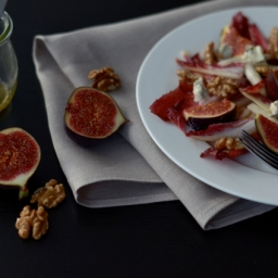 Fig Salad With Gorgonzola