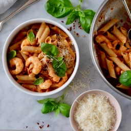 Brown Rice Penne in Spicy Tomato sauce with Prawns