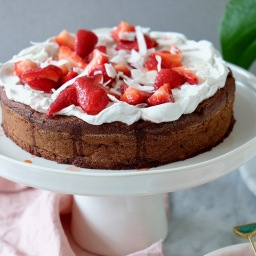 Flourless Chocolate Cake With Coconut Cream and Strawberries